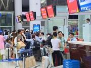 越南各家航空公司一同申请提高票价