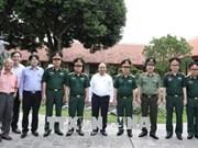 越南政府总理阮春福检查胡志明主席陵墓定期维修工作