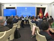 越南政府常务副总理张和平出席越南波兰经济合作研讨会