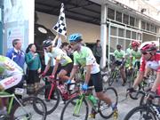 南旗起义自行车赛事首次经过柬埔寨金边