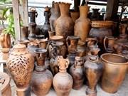 宁顺省着力保护与弘扬占族陶瓷手工艺业
