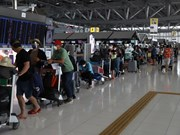 组图:越南将300名在泰国的越南公民运送回国