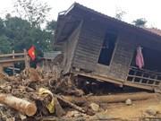 组图:广治省向立、向越两乡灾后后果克服工作遇到很多困难