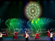"""组图:平顺省""""渔村传奇""""实景演出给游客带来崭新的体验"""