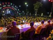 组图:僧尼佛子佩戴口罩在宁早寺参加盂兰盆节