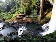 组图:Dambri瀑布——林同省最美且最高的瀑布