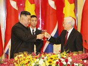 越共中央总书记、国家主席阮富仲举行宴会 欢迎朝鲜最高领导人金正恩 (组图)