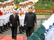 朝鲜最高领导人金正恩对越进行正式友好访问(组图)