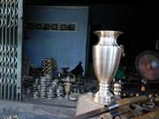 组图:庆和省百年铸铜手工艺村备战春节销售旺季