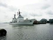 菲律宾军舰访问金兰国际港