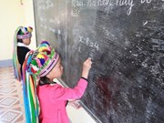 邓氏玉盛副主席会见联合国儿童基金会副执行主任奥马尔·阿布迪
