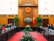 越南政府总理阮春福会见中国若干集团领导人