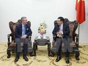 越南政府副总理范平明会见波兰客人