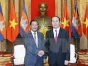 国家主席陈大光与国会主席阮氏金银分别会见柬埔寨首相洪森