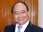 阮春福总理启程赴瑞士出席世界经济论坛2017年年会