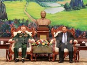 老挝领导人高度评价援老越南志愿军和专家为老挝作出的贡献