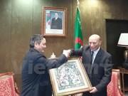 阿尔及利亚国民议会议长哈利法高度评价越南经济社会发展成就