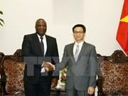 武德儋副总理会见安哥拉电信与信息技术部部长达罗沙