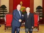 越共中央总书记阮富仲会见以色列总统鲁文•里夫林