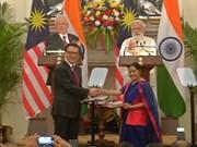 马来西亚与印度签署31份合作备忘录