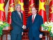 越南政府总理阮春福与斯里兰卡总理拉尼尔·维克勒马辛哈举行会谈