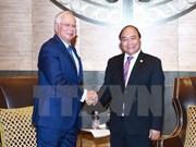 阮春福总理同马来西亚领导人举行双边会晤
