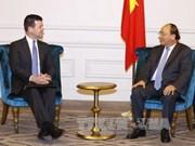 阮春福总理支持美国纳斯达克与越南企业合作