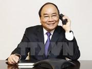 阮春福总理与美国议员通电话
