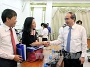胡志明市领导会见越南新任驻外大使和总领事代表团