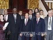 越南政府总理阮春福会见古巴全国人民政权代表大会主席埃斯特万
