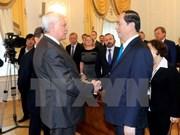 越南国家主席陈大光会见圣彼得堡市市长    圆满结束对俄罗斯的访问