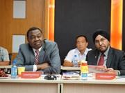 国际民用航空组织理事会主席对越捷航空公司的活动表示印象深刻