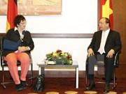 越南政府总理阮春福会见德国经济部长吉普理斯