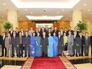 阮富仲总书记会见越南新任驻外大使和首席代表