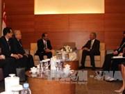 越南与新加坡加强合作 打击恐怖分子和极端暴力行为