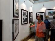 """""""与首都发展并行的昔日河内建筑""""摄影图片展在河内开展"""