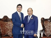 政府总理阮春福会见日本客人