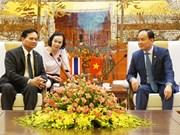 河内与曼谷分享投资合作管理经验