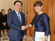 政府副总理王廷惠会见比利时、斯洛伐克和欧盟驻越南大使
