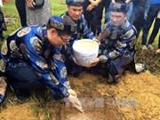 顺化举行仪式  将长沙群岛的灵土迎回顺化社稷坛