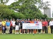 越南驻中国香港代表机构举行高尔夫球公开赛欢庆国庆节