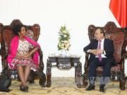 越南政府总理阮春福会见南非国际关系与合作部长