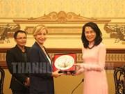 胡志明市与意大利促进文化遗产保护与旅游领域合作