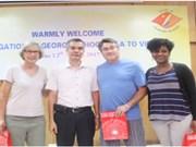 河内市越美友好协会促进两国和两国人民关系做出积极贡献
