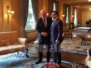黄平君访问加拿大  进一步推动越加两国合作关系向前发展