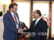 阮春福总理会见荷兰三角洲工程副高级专员赫门·波斯特