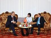 阮春福总理会见部分国家驻越使节