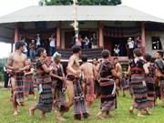 承天顺化省试点开发戈都族、巴哥人、达渥族的书写语言