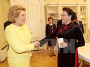 国会主席阮氏金银会见俄罗斯联邦委员会主席马特维延科