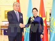 国会主席阮氏金银:充分发挥优势与潜力 促进越哈关系更上一层楼